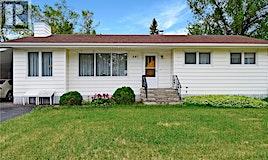 641 1st Street, Gull Lake, SK, S0N 1A0