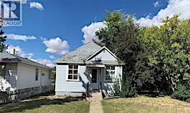 840 Hochelaga Street E, Moose Jaw, SK, S6H 0R1