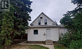 438 S Avenue S, Saskatoon, SK, S7M 3A4