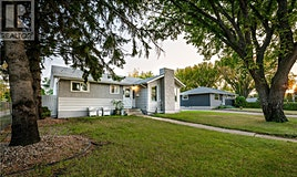 1704 Wilson Crescent, Saskatoon, SK, S7J 2N5