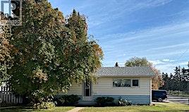 802 112th Street, North Battleford, SK, S9A 2L1