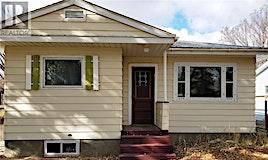 511 Maple Street, Maple Creek, SK, S0N 1N0