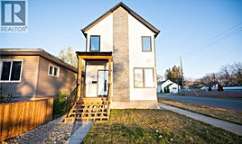 338 J Avenue S, Saskatoon, SK, S7M 3L8