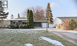 2118 Haultain Avenue, Saskatoon, SK, S7J 1P6