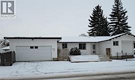 601 Centre Street E, Assiniboia, SK, S0H 0B0