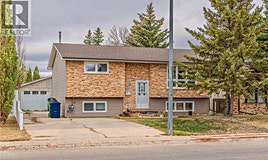 26 Blue Sage Drive, Moose Jaw, SK, S6J 1A8