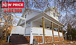 28 Hall Street E, Moose Jaw, SK, S6H 0T5