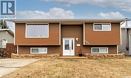 1031 Corman Crescent, Moose Jaw, SK, S6H 6V5