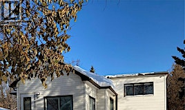 912 105th Street, North Battleford, SK, S9A 1S3