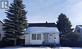 1165 Chestnut Avenue, Moose Jaw, SK, S6H 1A9