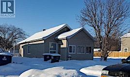 1339 F Avenue N, Saskatoon, SK, S7L 1X5