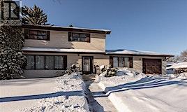 331 Carleton Drive, Saskatoon, SK, S7H 3P1
