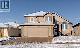 48 Goldenglow Drive, Moose Jaw, SK, S6J 1G3