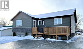 884 Grey Avenue, Moose Jaw, SK, S6H 1N1
