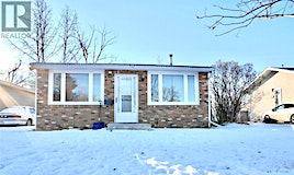 1007 Ominica Street E, Moose Jaw, SK, S6H 0J4