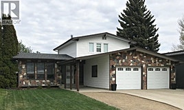 13 Hayward Place, Swift Current, SK, S9H 3Z9