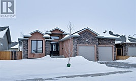 314 Beechdale Crescent, Saskatoon, SK, S7V 0A7