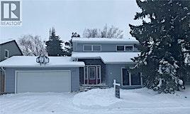 262 Christopher Crescent, Saskatoon, SK, S7J 3R6