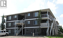 204-1638 Clark Avenue, Weyburn, SK, S4H 3G3