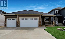 208 Valley Meadow Court, Swift Current, SK, S9H 5N2