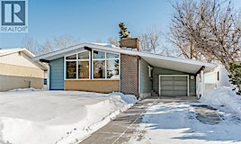 1762 Heights Heights East, Saskatoon, SK, S7J 3B9