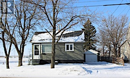 219 Government Road SW, Weyburn, SK, S4H 2A6