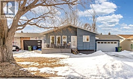 1646 Marquis Avenue, Moose Jaw, SK, S6H 7T8