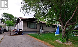 107 Spinks Drive, Saskatoon, SK, S7H 3X2