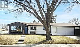 445 W Avenue N, Saskatoon, SK, S7L 3G9