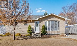 450 Stone Crescent, Saskatoon, SK, S7M 4N4
