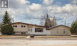 2 Brown Crescent, Saskatoon, SK, S7J 2R8