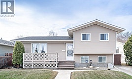3459 Fairlight Drive, Saskatoon, SK, S7M 3Z3