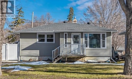 2814 Lakeview Avenue, Regina, SK, S4S 1G5