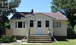 781 1st Street E, Shaunavon, SK, S0N 2M0