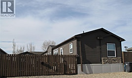 43 2nd Avenue SW, Weyburn, SK, S4H 3P4