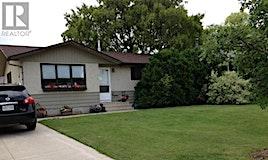 297 Churchill Drive, Saskatoon, SK, S7K 3Y6