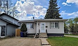 445 Q Avenue N, Saskatoon, SK, S7L 2X9