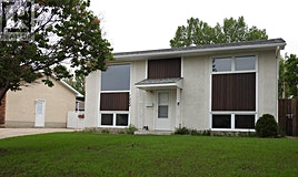 1222 Warner Street, Moose Jaw, SK, S6H 6G8