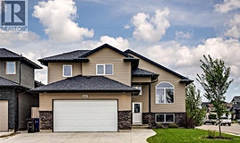 826 Rosewood Boulevard W, Saskatoon, SK, S7V 0C2
