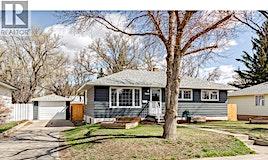 1048 Grace Street, Moose Jaw, SK, S6H 3C3