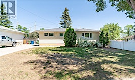 1151 13th Avenue NW, Moose Jaw, SK, S6H 4N5