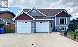 2517 Blue Jay Crescent, North Battleford, SK, S9A 3Z3