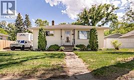 823 Duffield Street W, Moose Jaw, SK, S6H 5J6