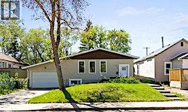313 Q Avenue S, Saskatoon, SK, S7M 2Y2