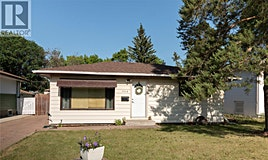 306 U Avenue N, Saskatoon, SK, S7L 3G8