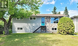 715 3rd Avenue W, Meadow Lake, SK, S9X 1A5