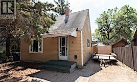 4 Aberdeen Place, Saskatoon, SK, S7L 1C5