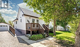 845 Fairford Street E, Moose Jaw, SK, S6H 0G3