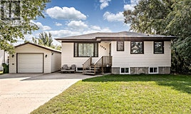 1033 Caribou Street W, Moose Jaw, SK, S6H 2L6