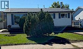 553 26th Street E, Prince Albert, SK, S6V 1V5